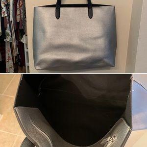 Handbags - Silver Tote